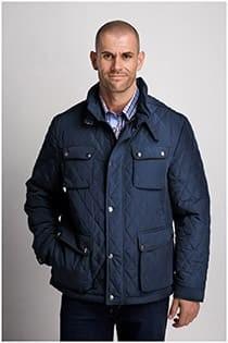 Sportliche Jacke mit großen Taschen der Marke Plus Man