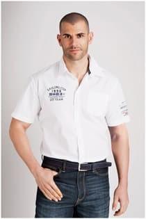 Uni Kurzarm-Oberhemd mit Aufdrucken von Kitaro.