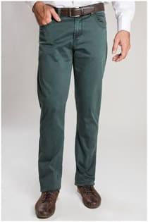 Elastische 5-Pocket Hose von Plus Man.