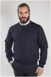 Rundhals-Pullover in Langgröße aus Wolle / Acryl.