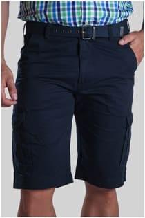 Uni-Bermuda Shorts aus Baumwolle von Plus Man.