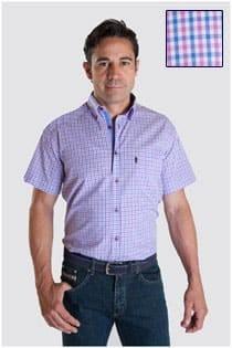 Kariertes Oberhemd mit kurzen Ärmeln von Plus Man.