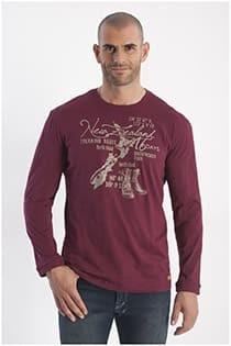 Langarm-T-Shirt mit Aufdruck von Redfield.