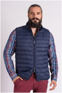 Bodywarmer von Plus Man.