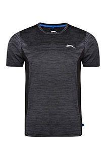 Sport-T-Shirt von Slazenger.